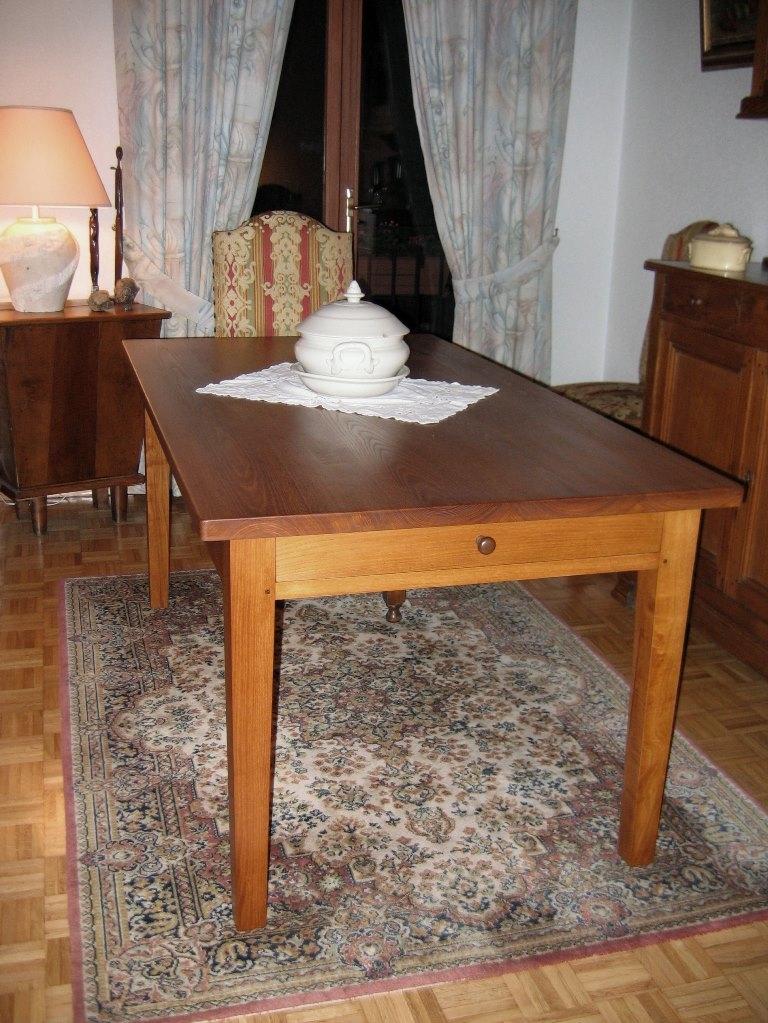 TABLE SALLE A MANGER